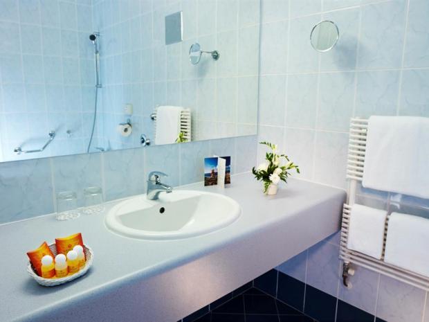 Hotel Mirna - kupatilo