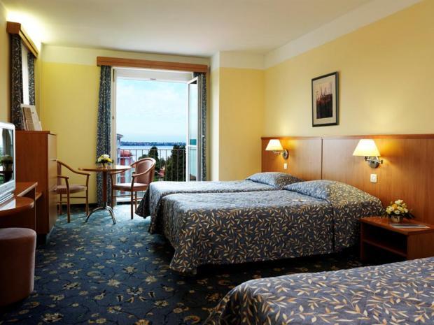 Hotel Neptun - dvokrevetna sa pomoćnim ležajem