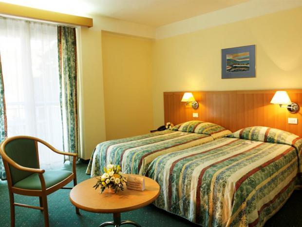 Hotel Apollo - dvokrevetna soba