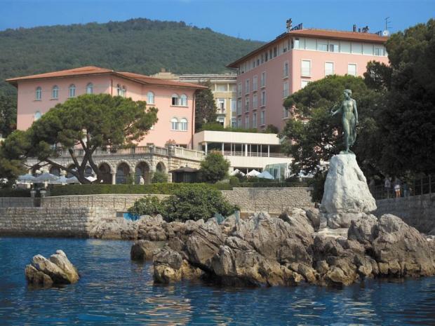 Hotel Milenij - pogled s mora