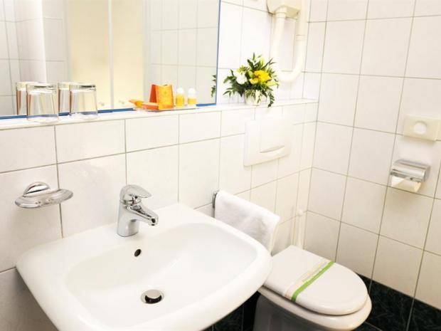 Hotel Slovenija - soba sa francuskim krevetom