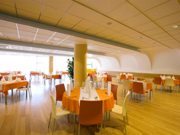 Hotel WPL - self service restoran