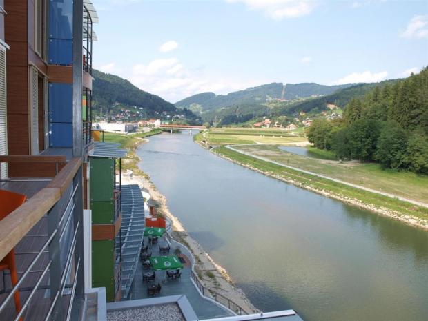 Hotel WPL - pogled na reku